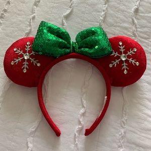 Disney Christmas Minnie Mouse ears